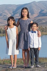CF Photography Studios_2016 Caramat Family Portraits 0010