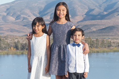 CF Photography Studios_2016 Caramat Family Portraits 0013
