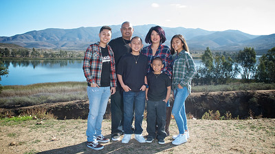 CF Photography Studios_2016 Siababa Family Portraits 0006
