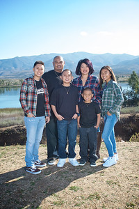 CF Photography Studios_2016 Siababa Family Portraits 0009