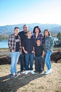 CF Photography Studios_2016 Siababa Family Portraits 0008