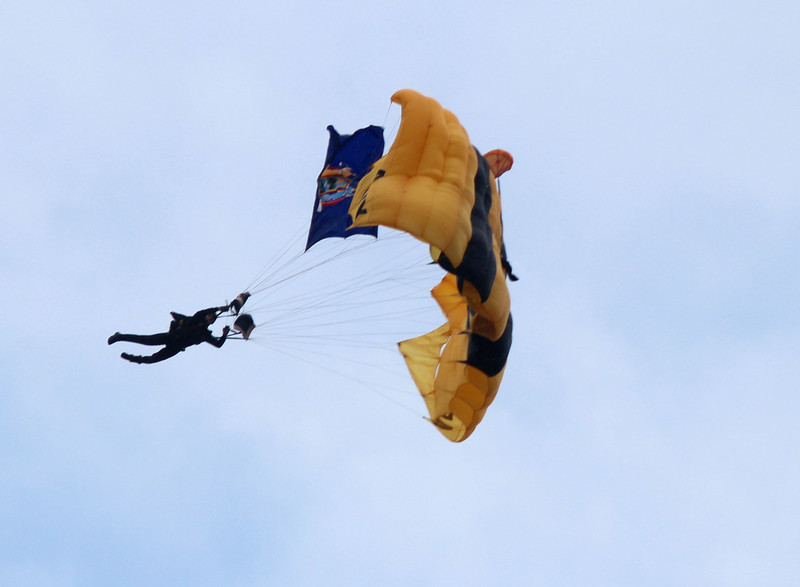 """US Army  """"Golden Knights"""""""
