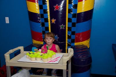 Hannah's Birthday Party   2010-08-22  76