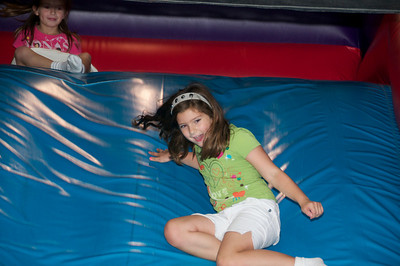 Hannah's Birthday Party   2010-08-22  9