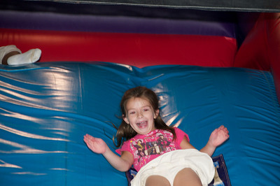 Hannah's Birthday Party   2010-08-22  6