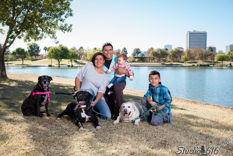 2016-12-04 Mirna-Family - © Studio 616 Photography-6