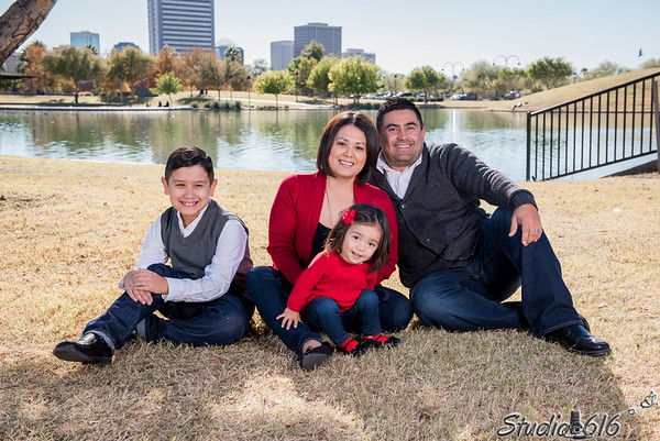 2016-12-04 Phillip-Family - © Studio 616 Photography-15