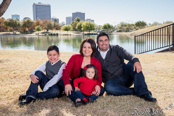 2016-12-04 Phillip-Family - © Studio 616 Photography-13