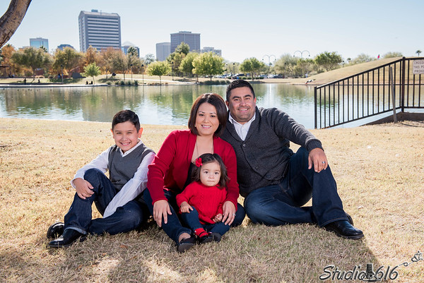 2016-12-04 Phillip-Family - © Studio 616 Photography-12