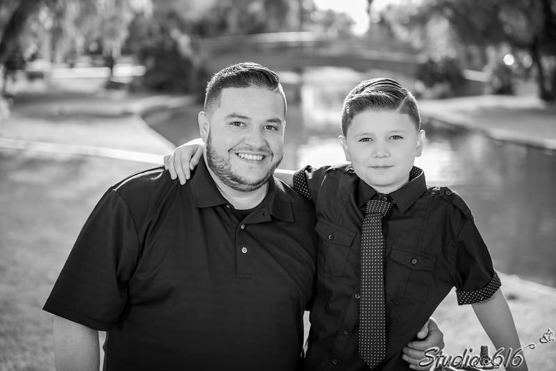 2016-12-11 Ernesto Family - © Studio 616 Photography-8-2