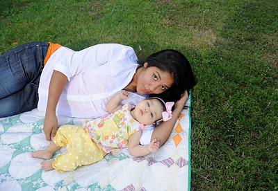 Ashley&Katalina-102012-058