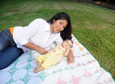 Ashley&Katalina-102012-059