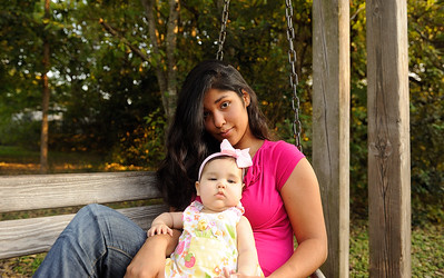 Ashley&Katalina-102012-075