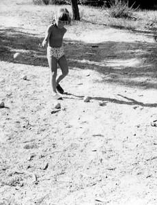 Gillian playing Batanque
