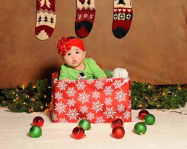 K & P Christmas-120813-025