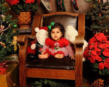 K & P Christmas-120813-021