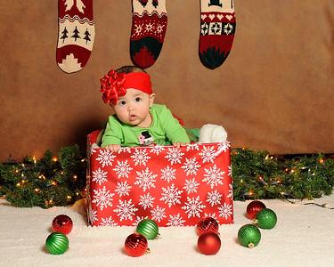 K & P Christmas-120813-023