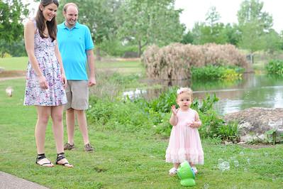 Riggen Family 042615029-