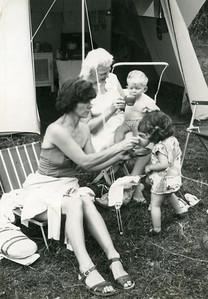 Peggy (42), Gillian (2) ? 1962