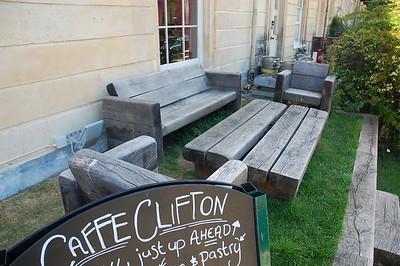 Neat little outdoor seating area at our hotel in Bristol.