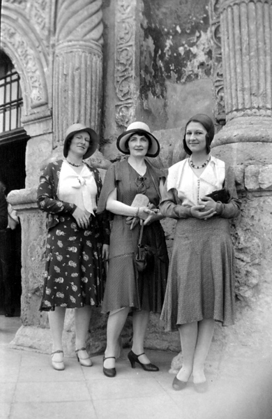 Marion Stephenson, with her aunty, Marion Alexander, and Frances