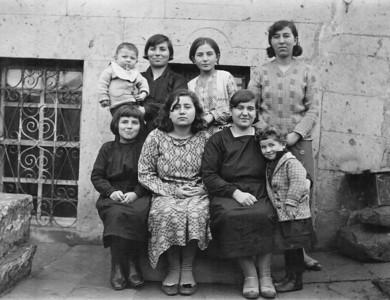 3 kız kardeş, Kayseri, 1931