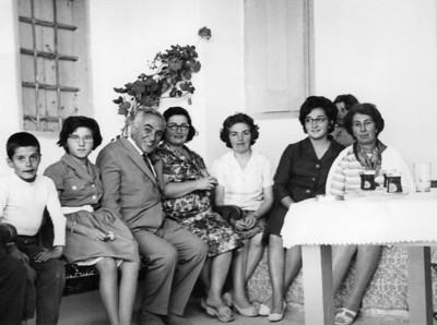 Uşşaklı ailesi, Kayseri.