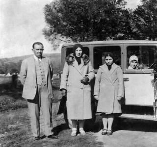 Dedem ve babaannem, 6 Mayıs 1930