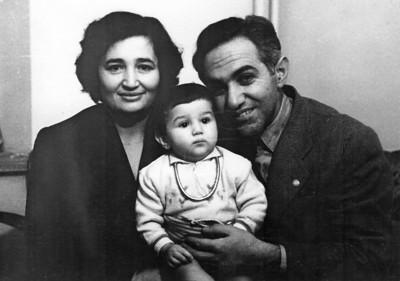 Annem ve babam ile. 2 Şubat 1956