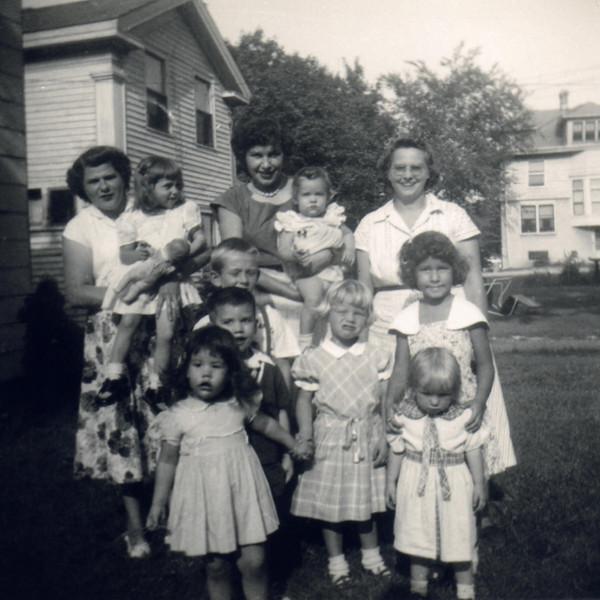 Marilyn family 1950s0001