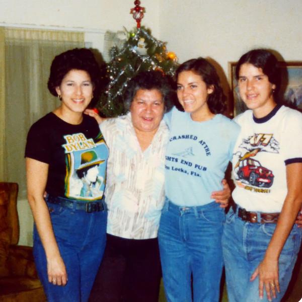 Rella Swamp 1974s with children
