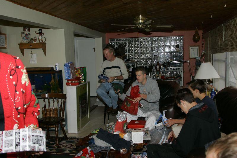 Christmas 2004 FtMyers - 0048