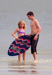 3N882438 4th July 2000 Ft Myers Beach