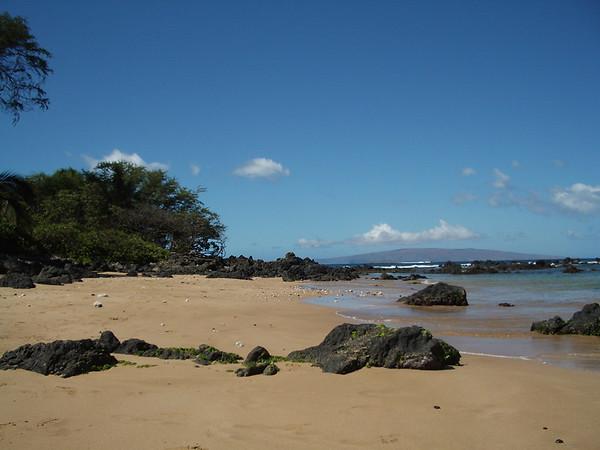 Maui - Beach - Lava - Mtn 2