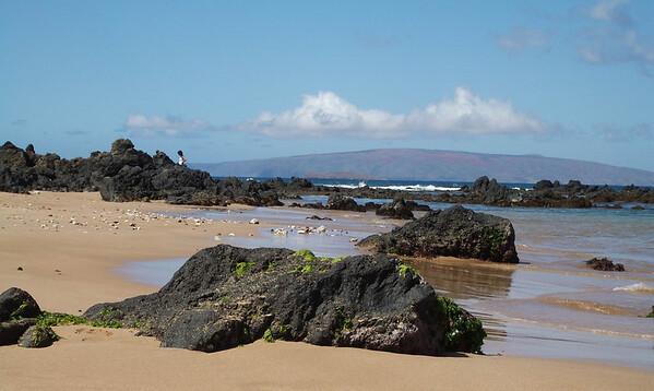 Maui - Beach - Lava - Mtn