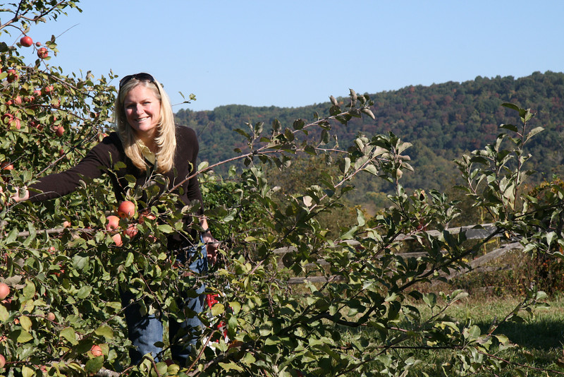Apple Picking with Auntie Erin (10)