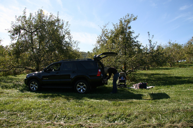 Apple Picking with Auntie Erin (24)