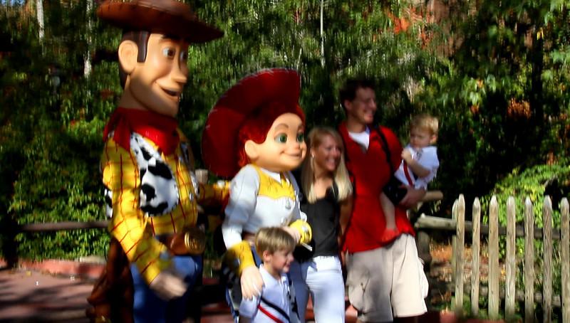 Disney 2009 Oct Shades of Green HDTV Clips (56)