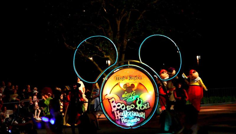 Disney 2009 Oct Shades of Green HDTV Clips (11)