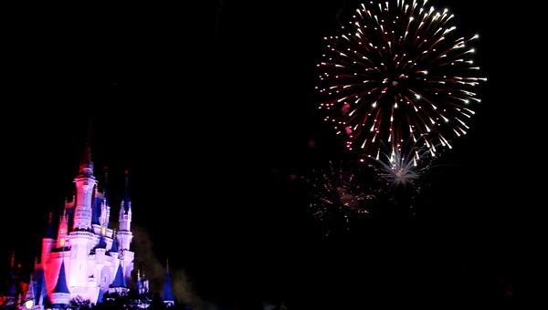 Disney 2009 Oct Shades of Green HDTV Clips (10)