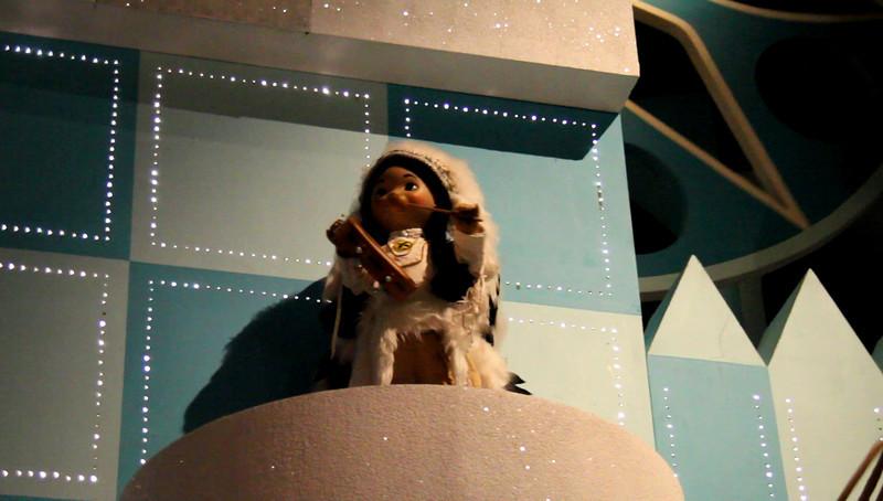 Disney 2009 Oct Shades of Green HDTV Clips (47)