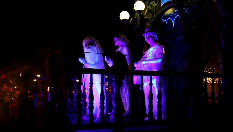 Disney 2009 Oct Shades of Green HDTV Clips (12)
