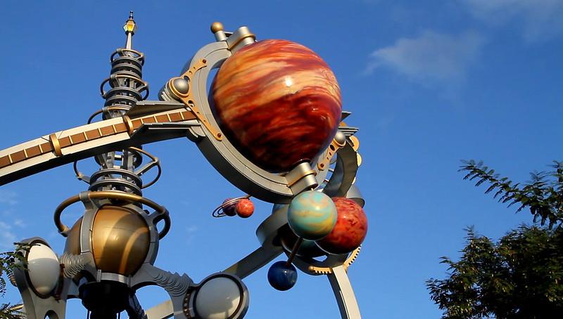 Disney 2009 Oct Shades of Green HDTV Clips (41)