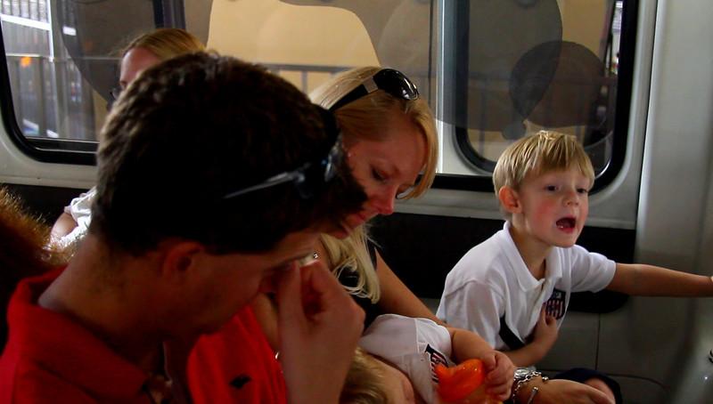 Disney 2009 Oct Shades of Green HDTV Clips (3)