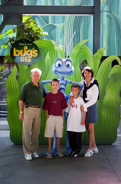 3N881062 Disney 08 NOV 1999