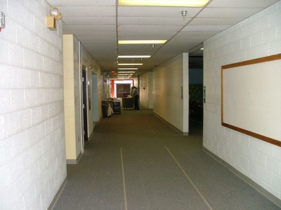 this hallway seemed HUGE when i was 5 years old!