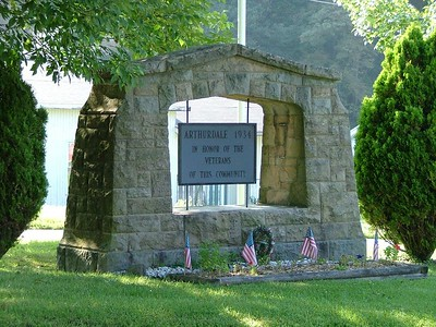 veterans memorial sign in Arthurdale