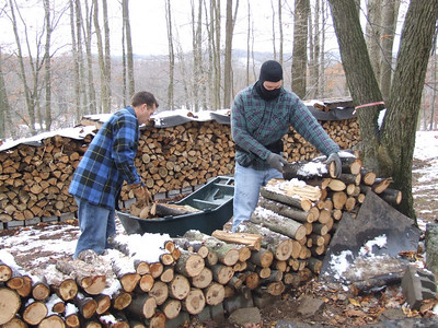 Tracy & David bringing in wood (I am the one that was warm)