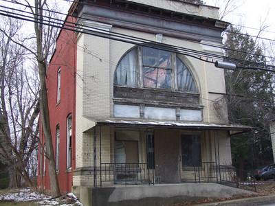 old bank in Reedsville