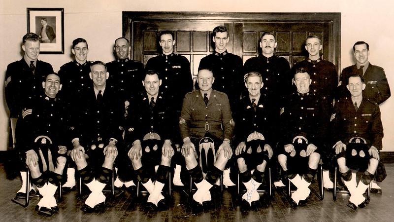 Senior NCOs, SD&G Highlanders n.d.